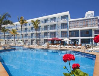 Costa Volcan Apartments and Spa