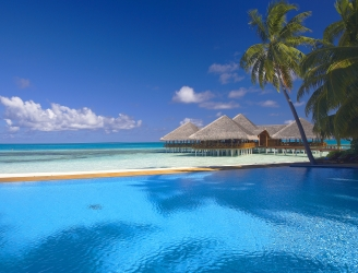 Medhufushi Island Resort swimming pool view
