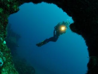 Amazing underwater topography in the Azores © Sofiane Belkessa